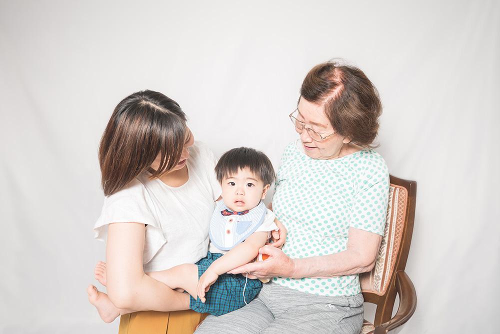 ママとおばあちゃんも一緒の写真